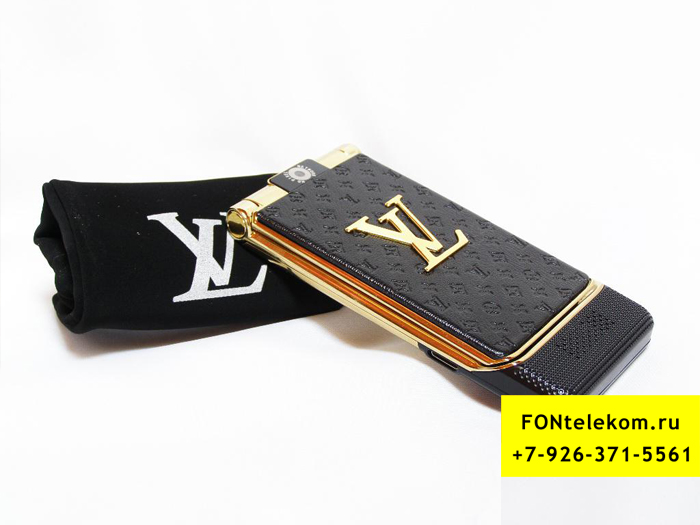Louis Vuitton F16 Black