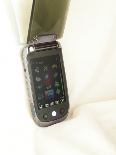 F038 с GPS навигатором
