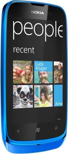 Nokia Lumia 610 синяя