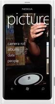 Nokia Lumia 800 белая